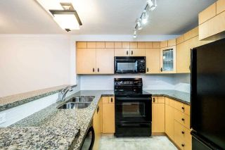 Photo 3: 49 7488 SOUTHWYNDE Avenue in Burnaby: South Slope Townhouse for sale (Burnaby South)  : MLS®# R2152436