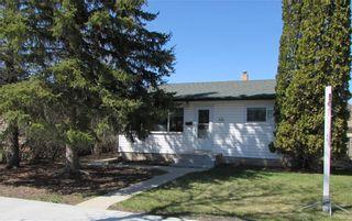Photo 1: 439 Ralph Avenue in Winnipeg: West Transcona Residential for sale (3L)  : MLS®# 202111158