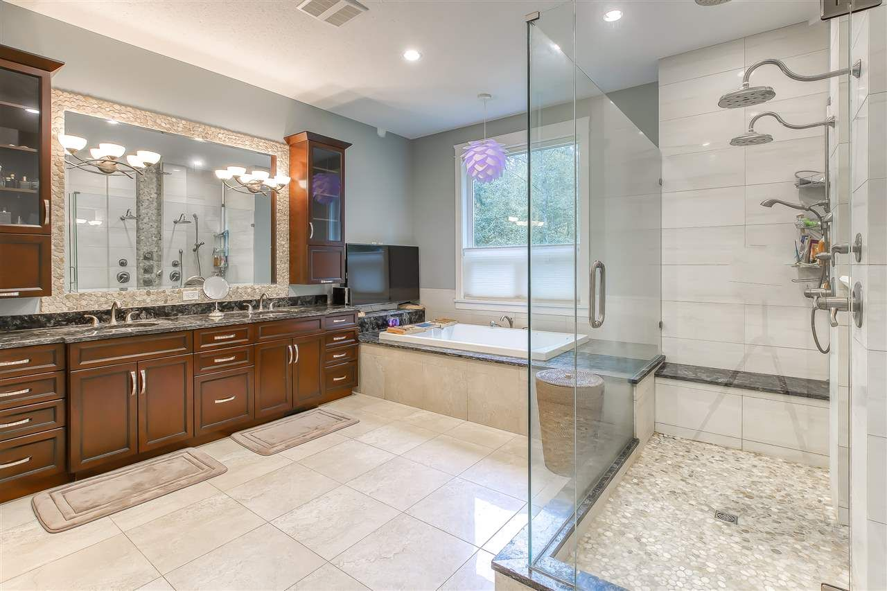 """Photo 27: Photos: 2732 NORTHCREST Drive in Surrey: Sunnyside Park Surrey House for sale in """"Woodshire Park"""" (South Surrey White Rock)  : MLS®# R2543125"""