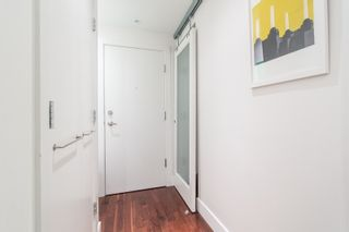 "Photo 2: 306 1275 HAMILTON Street in Vancouver: Yaletown Condo for sale in ""ALDA"" (Vancouver West)  : MLS®# R2433266"