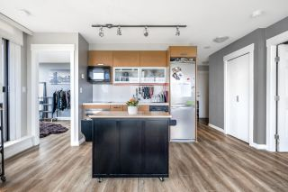 "Photo 6: 1209 13380 108 Avenue in Surrey: Whalley Condo for sale in ""CITY POINT"" (North Surrey)  : MLS®# R2625896"