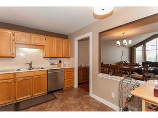 Photo 11: 309 20600 53A AVENUE in Langley: Langley City Condo for sale : MLS®# R2146902
