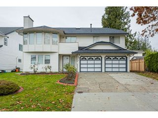 """Photo 1: 6017 189 Street in Surrey: Cloverdale BC House for sale in """"CLOVERHILL"""" (Cloverdale)  : MLS®# R2516494"""