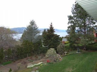 Photo 16: 945 TILLAR ROAD in Naramata: Residential Detached for sale : MLS®# 130708