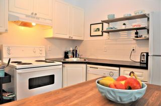 Photo 3: 15 1516 24 Avenue SW in Calgary: Bankview Apartment for sale : MLS®# C4262645