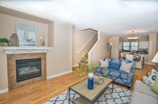 Photo 7: OCEANSIDE Townhouse for sale : 3 bedrooms : 825 Harbor Cliff Way #269