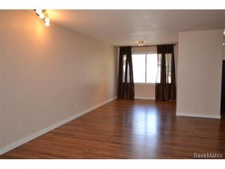 Photo 6: 3 Oliver CRES in Saskatoon: Greystone Heights Single Family Dwelling for sale (Saskatoon Area 02)  : MLS®# 470115