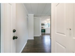 """Photo 7: 251 1840 160 Street in Surrey: King George Corridor Manufactured Home for sale in """"BREAKAWAY BAYS"""" (South Surrey White Rock)  : MLS®# R2574472"""