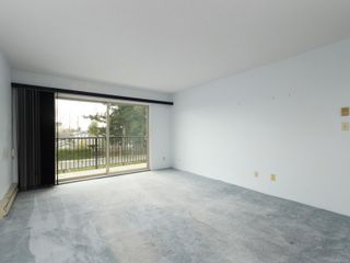 Photo 3: 205 2427 Amherst Ave in : Si Sidney North-East Condo for sale (Sidney)  : MLS®# 870018