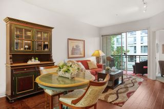 """Photo 2: 305 131 W 3RD Street in North Vancouver: Lower Lonsdale Condo for sale in """"Seascape Landing"""" : MLS®# R2610533"""