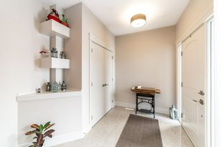 Photo 4: 3361 Chickadee Drive in Edmonton: Zone 59 House for sale : MLS®# E4228926