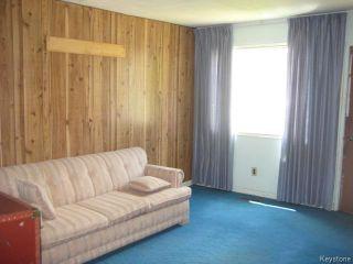 Photo 3: 631 Chalmers Avenue in Winnipeg: East Kildonan Residential for sale (North East Winnipeg)  : MLS®# 1614752