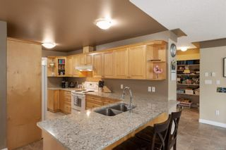 Photo 8: 6 pearce Pl in : VR Six Mile House for sale (View Royal)  : MLS®# 874495