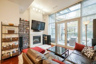 """Photo 14: 1243 SEYMOUR Street in Vancouver: Downtown VW Townhouse for sale in """"elan"""" (Vancouver West)  : MLS®# R2519042"""