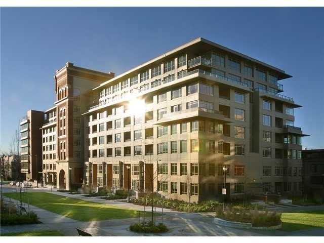 """Main Photo: 812 2799 YEW Street in Vancouver: Kitsilano Condo for sale in """"TAPESTRY"""" (Vancouver West)  : MLS®# V996457"""