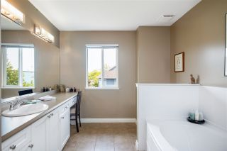 """Photo 16: 49 5999 ANDREWS Road in Richmond: Steveston South Townhouse for sale in """"RIVERWIND"""" : MLS®# R2369191"""