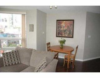 "Photo 4: 11C 199 DRAKE ST in Vancouver: False Creek North Condo for sale in ""CONCORDIA 1"" (Vancouver West)  : MLS®# V542014"