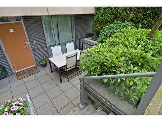 Photo 12: 2727 PRINCE EDWARD ST in Vancouver: Mount Pleasant VE Condo for sale (Vancouver East)  : MLS®# V1122910