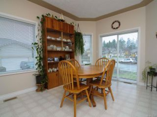 Photo 7: 201 2727 1st St in COURTENAY: CV Courtenay City Row/Townhouse for sale (Comox Valley)  : MLS®# 716740