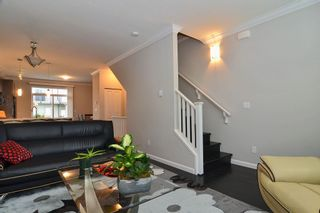 """Photo 10: 120 19505 68A Avenue in Surrey: Clayton Townhouse for sale in """"CLAYTON RISE"""" (Cloverdale)  : MLS®# R2014295"""
