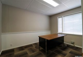 Photo 4: 167 Ominica Street West in Moose Jaw: Central MJ Commercial for sale : MLS®# SK849586