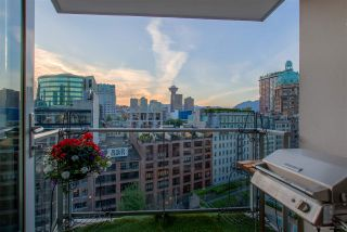 "Photo 2: 1603 188 KEEFER Place in Vancouver: Downtown VW Condo for sale in ""ESPANA"" (Vancouver West)  : MLS®# R2173772"