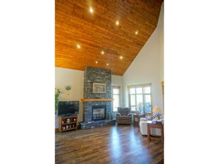 Photo 15: 2577 SANDSTONE CIRCLE in Invermere: House for sale : MLS®# 2459822