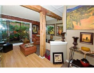 """Photo 3: 105 1655 NELSON Street in Vancouver: West End VW Condo for sale in """"HAMSTEAD MANOR"""" (Vancouver West)  : MLS®# V657171"""