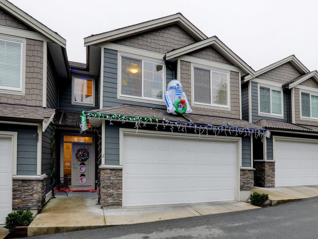 Main Photo: 2 11384 BURNETT STREET in Maple Ridge: East Central Townhouse for sale : MLS®# R2228713