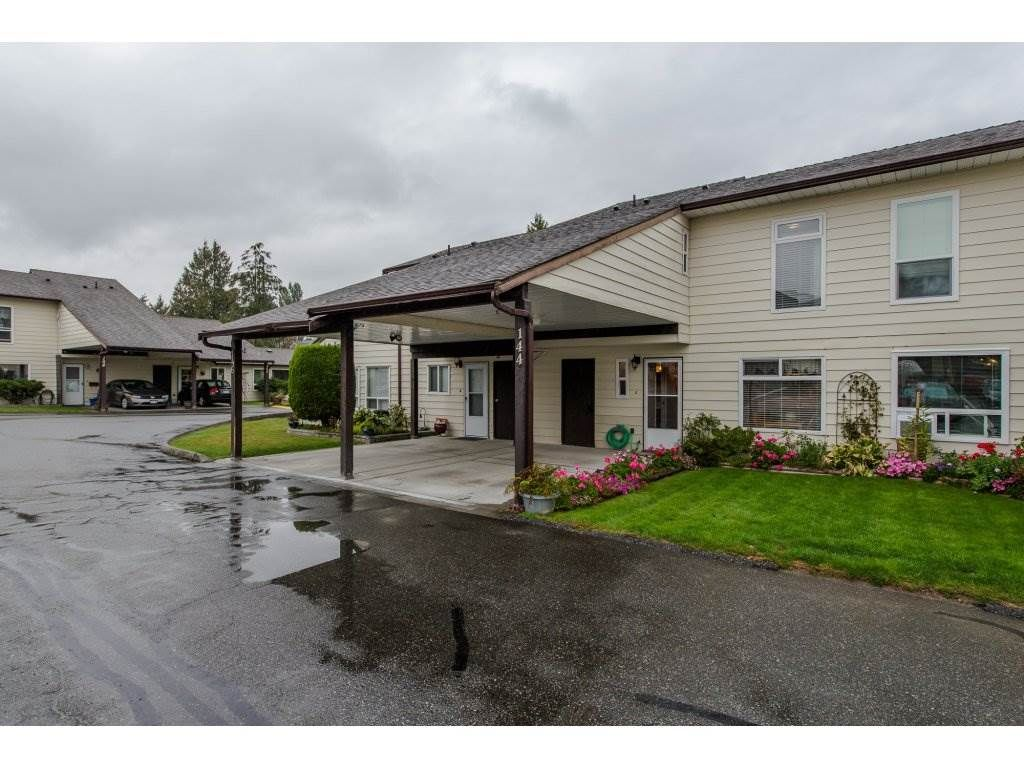"""Main Photo: 144 2844 273 Street in Langley: Aldergrove Langley Townhouse for sale in """"Chelsea Court"""" : MLS®# R2111367"""