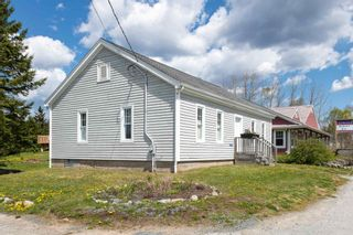 Photo 4: 12244 Peggy's Cove Road in Glen Haven: 40-Timberlea, Prospect, St. Margaret`S Bay Residential for sale (Halifax-Dartmouth)  : MLS®# 202112086