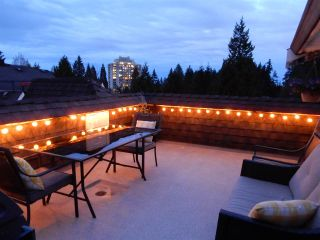 """Photo 20: 5 995 LYNN VALLEY Road in North Vancouver: Lynn Valley Townhouse for sale in """"RIVER ROCK"""" : MLS®# R2156356"""