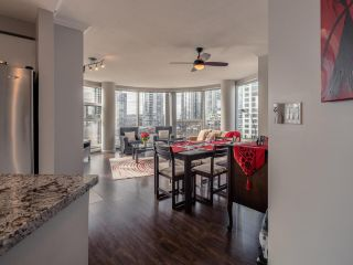 "Photo 10: 10C 199 DRAKE Street in Vancouver: Yaletown Condo for sale in ""CONCORDIA 1"" (Vancouver West)  : MLS®# R2539673"