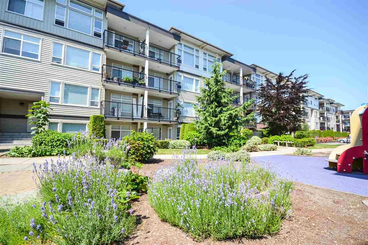 """Photo 15: Photos: 303 9422 VICTOR Street in Chilliwack: Chilliwack N Yale-Well Condo for sale in """"NEWMARK"""" : MLS®# R2279466"""