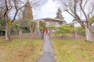 Photo 2: 6858 PATTERSON Avenue in Burnaby: Metrotown House for sale (Burnaby South)  : MLS®# R2374130