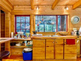 Photo 6: 618 EDITH POINT Road: Mayne Island House for sale (Islands-Van. & Gulf)  : MLS®# R2618897