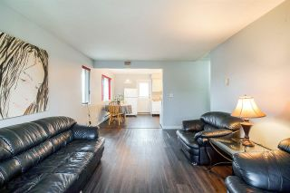 Photo 1: 6 25 GARDEN DRIVE in Vancouver: Hastings Condo for sale (Vancouver East)  : MLS®# R2330579