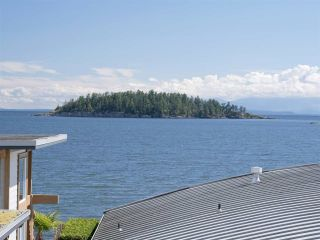 """Photo 38: 6498 WILDFLOWER Place in Sechelt: Sechelt District Townhouse for sale in """"Wakefield Beach - Second Wave"""" (Sunshine Coast)  : MLS®# R2589812"""
