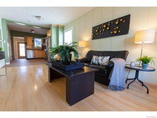 Photo 4: 911 F Avenue North in Saskatoon: Caswell Hill Single Family Dwelling for sale (Saskatoon Area 04)  : MLS®# 604471