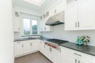 Photo 6: 9260 CHAPMOND Crescent in Richmond: Seafair House for sale : MLS®# R2430658