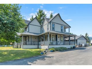 Photo 1: 34129 YORK Avenue in Mission: Mission BC House for sale : MLS®# R2598957
