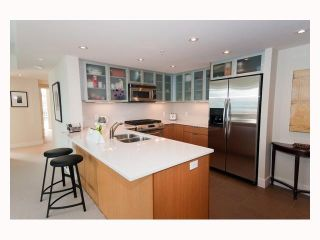 """Photo 4: 2804 - 1205 W. Hastings Street in Vancouver: Coal Harbour Condo for sale in """"CIELO"""" (Vancouver West)  : MLS®# V817933"""