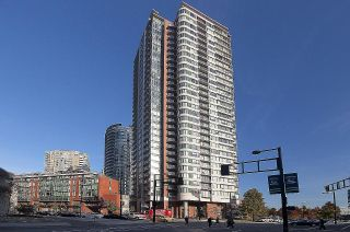 """Photo 37: 1502 688 ABBOTT Street in Vancouver: Downtown VW Condo for sale in """"Firenza Tower II"""" (Vancouver West)  : MLS®# R2603600"""