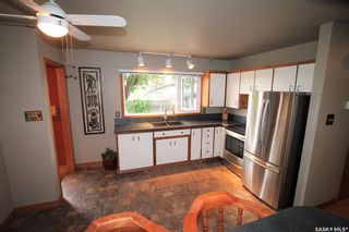 Photo 2: 1403 Ashley Drive in Swift Current: North East Residential for sale : MLS®# SK860622