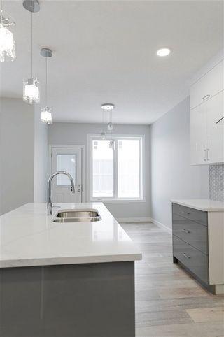 Photo 5: 3707 2 Street in Edmonton: Zone 30 House Half Duplex for sale : MLS®# E4244694