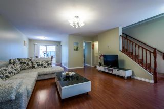 Photo 3: 8 15488 101A AVENUE in Surrey: Guildford Townhouse for sale (North Surrey)  : MLS®# R2094688