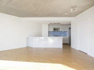 Photo 13: 3607 128 CORDOVA STREET in Vancouver West: Downtown VW Home for sale ()  : MLS®# R2082750