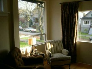 """Photo 3: 1935 GRANT Street in Vancouver: Grandview VE House for sale in """"COMMERCIAL DRIVE"""" (Vancouver East)  : MLS®# V619346"""