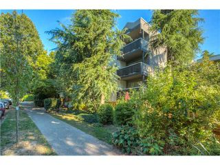 Photo 2: # 305 570 E 8TH AV in Vancouver: Mount Pleasant VE Condo for sale (Vancouver East)  : MLS®# V1140433