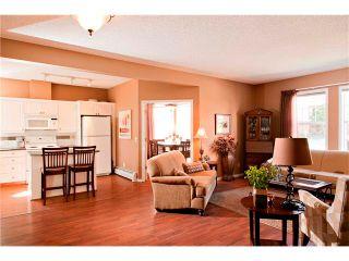 Photo 3: 2101 14645 6 Street SW in Calgary: Shawnee Slps_Evergreen Est Condo for sale : MLS®# C4024002